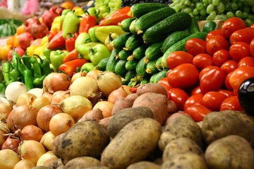 Холодное лето привело к подорожанию овощей